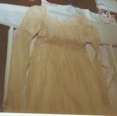 1807-1810 Margaret Ludlow's Wedding Dress - pattern from Ohio Historical Society