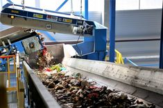 The Overband Magnet is a key part of most #recycling plants, recovering UBCs & ferrous metals. We build 100s at our #manufacturing plant in Redditch. Recycling Plant, Bunting, Metals, Magnets, Around The Worlds, Steel, Plants, Action, Key