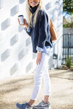 I love everything about this Fall outfit. Lovely Fall Fresh Looking Outfit. 28 Perfect Fashion Trends You Will Want To Keep – I love everything about this Fall outfit. Lovely Fall Fresh Looking Outfit. Mode Outfits, Jean Outfits, Casual Outfits, Style Casual, Casual Chic, Preppy Style Winter, Preppy Summer Outfits, Preppy Clothes, Nautical Outfits