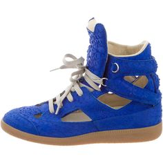Pre-owned Maison Martin Margiela Embossed Cutout Sneakers (13.930 RUB) ❤ liked on Polyvore featuring shoes, sneakers, maison margiela shoes, maison margiela sneakers and maison margiela