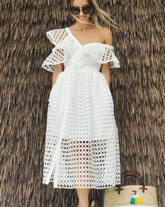 Les plus belles Robe mi-longue Dress Skirt, Lace Dress, Dress Up, White Eyelet Dress, Look Fashion, Womens Fashion, Fashion Design, Street Fashion, Evening Dresses