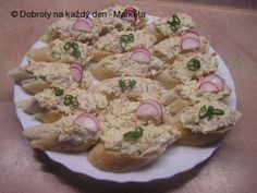 Camembert Cheese, Potato Salad, Good Food, Food And Drink, Potatoes, Bread, Ethnic Recipes, New Years Eve, Cooking Recipes