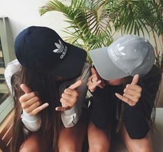 Shared by Alie. Find images and videos about friends, adidas and bff on We Heart It – the app to get lost in what you love. Shared by Alie. Find images and videos about friends, adidas and bff on We Heart It – the app to get lost in what you love. Bff Pics, Photos Bff, Artsy Photos, Best Friend Photography, Tumblr Photography, Photography Poses, Photography Classes, Product Photography, Best Friend Pictures