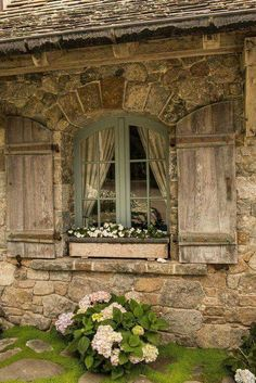 Love the style of this window with the curve on top and the shudders cut to fit. French Country Farmhouse, French Country Style, French Country Decorating, Farmhouse Design, Farmhouse Decor, Farmhouse Style, Farmhouse Trim, Rustic Cottage, Farmhouse Windows