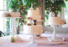 13 Tips For A Tempting Cake Table | Photo by: Jenn Hopkins Photography | TheKnot.com