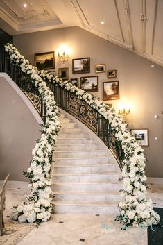 Compassionate expedited luxury wedding ideas Add to favorites - - Decoration Wedding Staircase Decoration, Wedding Stairs, Stage Decorations, Wedding Decorations, Table Decoration, Wedding Ceremony, Star Wedding, Home Wedding, Dream Wedding