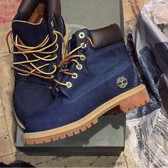 Les fameuses Yellow boots de Timberland mais en bleues ! #style #menstyle…