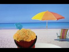 Beach Cupcakes! Learn how to make these using our FREE online video tutorials.  Visit YouTube channel MyCupcakeAddiction for these and lots more cupcake and cakepop decorating tutorials!