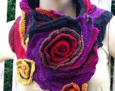 Crochet Scarf Capelet Neck Warmer Unique scarf Roses von Degra2