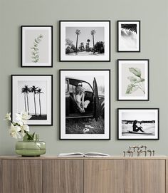 Collage Mural, Photo Wall Collage, Condo Living Room, Living Room Art, Desenio Posters, Inspiration Wand, Gold Poster, Black And White Picture Wall, Arte Popular