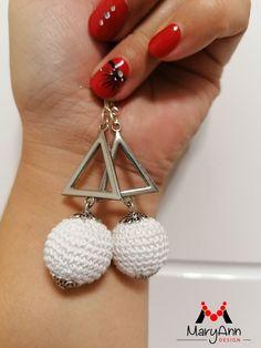 """Elragadó szépség"" fülbevaló Crochet Earrings, Jewelry, Design, Fashion, Moda, Jewlery, Jewerly, Fashion Styles, Schmuck"