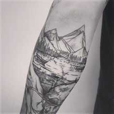 This, but more realistic, on my thigh, of lake Mohave