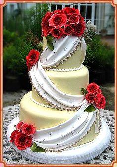 Pleated & drapes wedding cakes on Pinterest Wedding ...