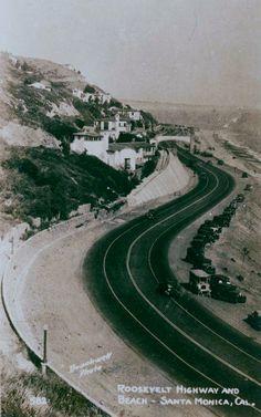 Helm's Bakery Truck,Roosevelt Highway,at Beach,Castellammare,Pacific Palisades,California.