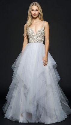 Wedding Dress: Hayley Paige