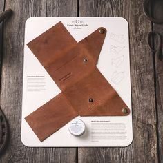 You have to live with your wallet hours a day, so love it, take care of it and carry it with pride! Change your wallets look by… Leather Wallet Pattern, Leather Card Wallet, Leather Gifts, Leather Bags Handmade, Leather Craft, Leather Purses, Leather Handbags, Japanese School Bag, Bag Sewing