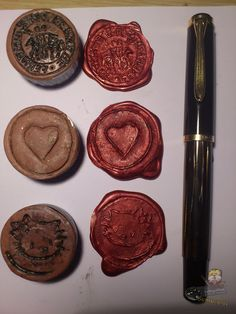 How to: Epoxy sealing wax. Smelly Candles, Epoxy, Wax Seals, Harry Potter, Diy, Personalized Items, Check, Ideas, Home Made Wax