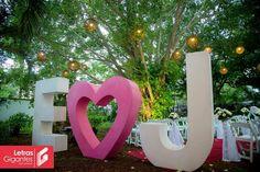 Ideal para la decoración en tu boda o eventos especiales.  Informes al 9993 81 89 96