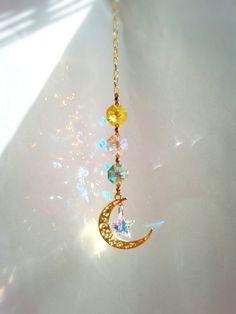 【☆Mystic Moon☆神秘の月☆ゴールド】スワロフスキー・サンキャッチャー♪