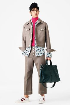 Bally Spring 2017 Menswear Collection Photos - Vogue MENS' FASHION SS 2017  More At FOSTERGINGER @ Pinterest