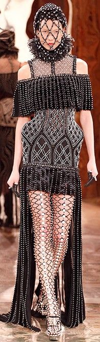 Alexander McQueen FW RTW 2013 ♥✤   Keep the Glamour   BeStayBeautiful