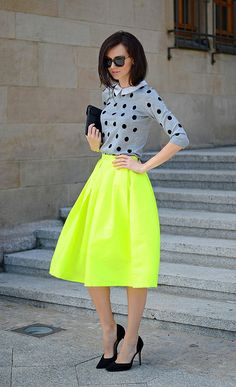 blogger fashion style look outfit summer - neon skirt - vintage 60es skirt dots