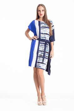 Assymetric, belted dress for confort and style, all day n' night long! Shop the look in the link below. Fashion Shops, Belted Dress, Cool Style, That Look, Dresses For Work, This Or That Questions, Night, Link, Stuff To Buy