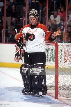 Flyers Hockey, Hockey Goalie, Hockey Games, Bruce Bennett, Philadelphia Sports, Nhl Players, Sports Women, Athlete, The Incredibles