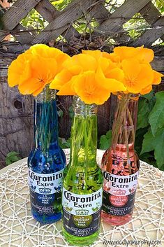I need a Cerveza! Cinco de Mayo Centerpiece is part of Fiesta bridal shower - Cerveza Centerpieces for Cinco de Mayo First the EASY fácil way Colorful water filled Coronita Bottles, with beauti Mexican Birthday Parties, Mexican Fiesta Party, Fiesta Theme Party, Party Themes, Ideas Party, Fiesta Party Decorations, Party Ideas For Adults, Theme Parties, Table Decorations