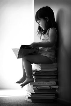 Bookworm by Natalia Campbell Love Reading, Woman Reading, My Books, I Love Books, Books To Read, Children Reading, White Books, Book Photography, Children Photography