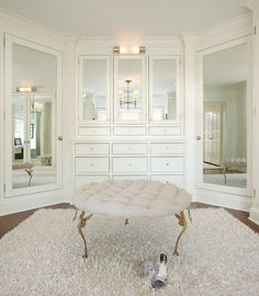 9-walk-in-closet-ideas - 59 walk-in-closet ideas to fulfill your and your clothes' dreams. You'll find much more amazing ideas @ glamshelf.com
