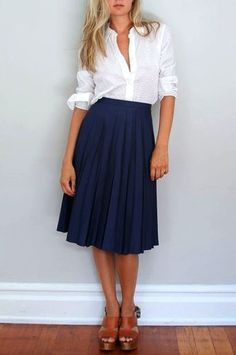 (Teacher Style) Navy blue below the knee pleated skirt - white sleeve rolled up button down top. *just button it a little higher and those cute ballet wedges would look cute with this too. Pleated Midi Skirt, Dress Skirt, Dress Up, Navy Skirt, Midi Skirts, Black Pleated Skirt Outfit, Blue Skirt Outfits, Flared Skirt, Shirt Dress