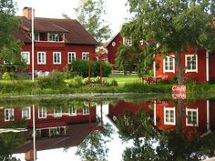 Wij Lake (dam), with cafeteria in one of the red houses