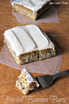 Frosted Banana Bars ~ Soft and yummy banana bars topped with a cream cheese frosting...so good