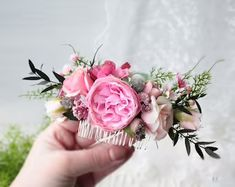 Wedding Flower Crowns and Bridal Headpieces от LisaUaShop на Etsy Flower Girl Headpiece, Flower Girl Crown, Flower Crowns, Bohemian Wedding Hair, Floral Crown Wedding, Hair Comb Wedding, Bridal Bouquet Blue, Bridal Flowers, Blush Pink Bridesmaids