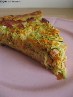 Carrot, zucchini and bacon pie recipe - Carrot, zucchini and bacon tart More - Healthy Cooking, Cooking Recipes, Healthy Recipes, Quiches, Omelettes, I Foods, Food Inspiration, Love Food, Food Porn