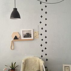 DIY BLACK WASHI TAPE WALL DESIGN