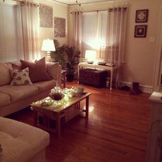 Beachy-ish living room:)