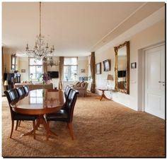 Spiegel barok goud in woonkamer http://www.barokspiegel.com/klassieke-spiegels/spiegel-barok-orfeo