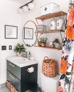 From bold blacks to delicate whites, we've rounded up the best bathroom paint colors to give your space a style refresh - plus ideas on how to use them! Tiny Bathrooms, Guest Bathrooms, Amazing Bathrooms, Best Bathroom Paint Colors, White Bathroom Paint, Boho Bathroom, Master Bathroom, Girl Bathroom Ideas, Downstairs Bathroom