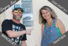 Greg Sisco avec le Bracelet Tahitien et la créatrice Laurence Loustaneau Art'Zazimut La Ciotat