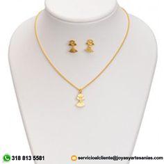 Set Cadena delgada, dije ángel y aretes baño en oro de 24k, #joyasprecolombinas http://www.joyasyartesanias.com/set-cadena-delgada-dije-angel-y-aretes.html