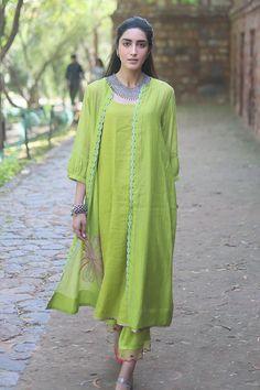 Buy Handwoven Chanderi Kurta Set with Jacket by Rajiramniq at Aza Fashions Pakistani Fashion Casual, Pakistani Dresses Casual, Pakistani Dress Design, Indian Fashion, Casual Dresses, Fashion Dresses, Stylish Dresses For Girls, Stylish Dress Designs, Designs For Dresses