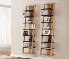 Prateleira Stairway Diy Furniture, Modern Furniture, Bookshelves, Bookcase, Living Room Shelves, House Plants Decor, Upper Cabinets, Teak Wood, Innovation Design