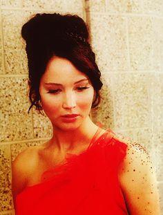 Katniss Everdeen, the girl on fire (hair & makeup)