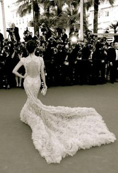 EVA LoNGORIA gorgeous back view of gown at CANNES film festival
