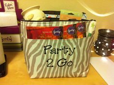 Scentsy Party to Go items! Use a fabulous Thirty One thermal tote so your samples wont melt!