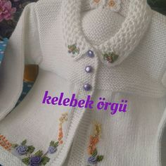 Diy Crafts - knittforbaby,knittingmale-This model is the tbt of the day. Baby Knitting Patterns, Baby Patterns, Crochet Baby Poncho, Knit Crochet, Vogue Knitting, Free Knitting, Diy Crafts Knitting, Kids Poncho, Baby Cardigan