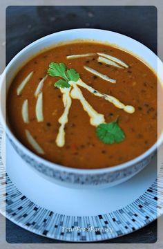 ITC Maurya Style Dal Bukhara Recipe - Your Food Fantasy Black Lentils, Food Fantasy, Cinnamon Powder, 2000 Calories, 2000 Calorie Diet, Fresh Cream, Kidney Beans, Pressure Cooking, Curry