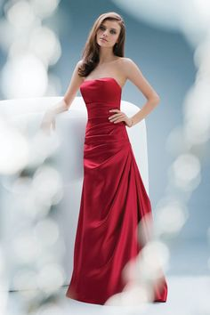 this is the dress my bridesmaids would wear @ my dream wedding- only the dress would have to be a different color!